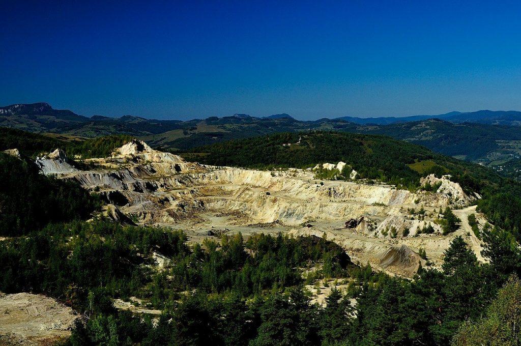 Mine d'or à ciel ouvert : les métaux lourds sont des polluants