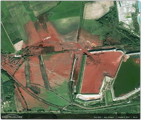 Pollution des boues rouges en Hongrie après la rupture d'un  réservoir d'une usine de bauxite-aluminium en 2010